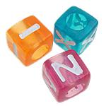 Beads akrilik alfabet, Kub, ngjyra të përziera, 7x7mm, : 4.5mm, 1950PC/Qese,  Qese