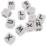 Beads akrilik alfabet, Kub, asnjë, ngjyra të forta, e bardhë, 11x11mm, : 4mm, 500PC/Qese,  Qese