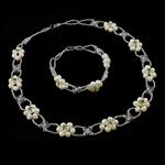 Natyrore kulturuar Pearl ujërave të ëmbla bizhuteri Sets, Pearl kulturuar ujërave të ëmbla, with Kristal & Seed Glass Beads, Shape Tjera, natyror, asnjë, 5-6mm, :17Inç, 7Inç,  I vendosur