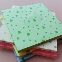 Origami Papier, Quadrat, für Origami-Kraniche machen & mit einem Muster von Herzen, gemischte Farben, 96x96mm, 20Taschen/Menge, ca. 80PCs/Tasche, verkauft von Menge
