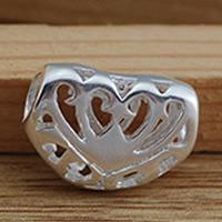 Messing hohle Perlen, Herz, versilbert, frei von Blei & Kadmium, 10.5x11.5mm, Bohrung:ca. 2-3mm, 10PCs/Tasche, verkauft von Tasche