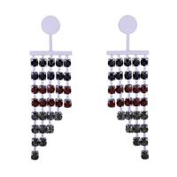 Zinklegierung Tropfen Ohrring, mit Kunststoff Ohrmutter, Edelstahl Stecker, Platinfarbe platiniert, mit Strass, frei von Blei & Kadmium, 30x100mm, verkauft von Paar