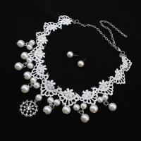 Zinklegierung Schmucksets, Ohrring & Halskette, mit ABS-Kunststoff-Perlen & Spitze, Edelstahl Stecker, für Frau & mit Strass, frei von Blei & Kadmium, 5.5cm,1.8x0.8cm, Länge:ca. 18.5 ZollInch, verkauft von setzen
