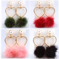Zinklegierung Ohrringe, mit Plüsch & Kunststoff Perlen, Herz, goldfarben plattiert, für Frau, keine, frei von Nickel, Blei & Kadmium, 70mm, verkauft von Paar