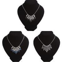Kristall Halskette, Zinklegierung, mit Kristall, mit Verlängerungskettchen von 2inch, Platinfarbe platiniert, für Frau & facettierte, keine, verkauft per ca. 17.7 ZollInch Strang