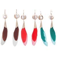 Zinklegierung Troddel Ohrring, mit Feder & Kunststoff Perlen, goldfarben plattiert, für Frau, keine, frei von Nickel, Blei & Kadmium, 20x105mm, verkauft von Paar