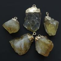 Gelbquarz Perlen Anhänger, mit Messing, Klumpen, verschiedene Größen vorhanden, Bohrung:ca. 2.5mm, 5PCs/Tasche, verkauft von Tasche