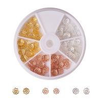 Messing Perlenkappe, mit Kunststoff Kasten, plattiert, gemischte Farben, frei von Nickel, Blei & Kadmium, 8x3mm, Bohrung:ca. 1mm, 135PCs/Box, verkauft von Box